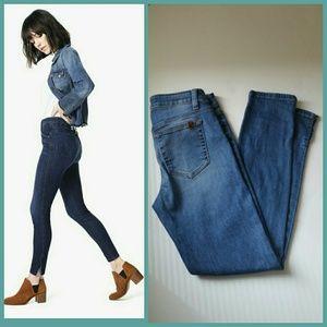 Joe's jeans high rise skinny side slits size 25