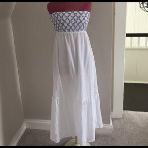 LOFT Dresses & Skirts - LOFT Maxi Dress