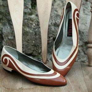 Vaneli Shoes - Vintage VanEli tan and Brown shoes