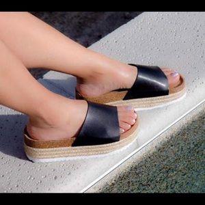 SHOEROOM21 boutique Shoes - Ladies flatform sandals. black. New in box