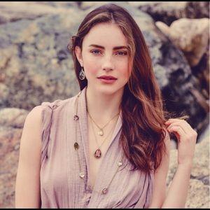 Chloe + Isabel Jewelry - Chloe + Isabel Minaret Three Row Necklace