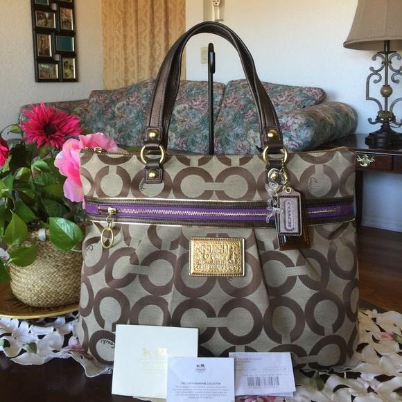 Coach Handbags - Coach Op Art Glam Tote 1a06b9cefed94