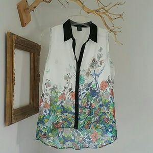 Timing Tops - Timing Floral Button down Top