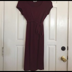 Motherhood Dresses & Skirts - Maroon color motherhood maternity dress