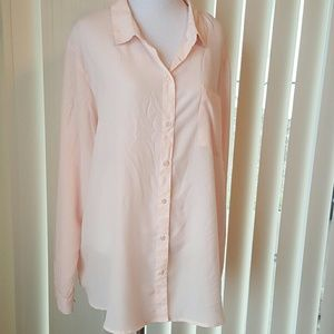 Old Navy Tops - Old Navy Pale Pink XXL Flowy Button Up