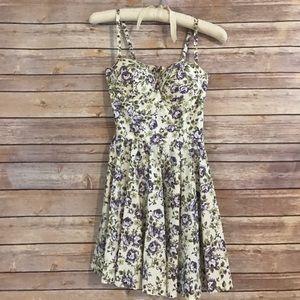 Dresses & Skirts - Floral Bustier Dress