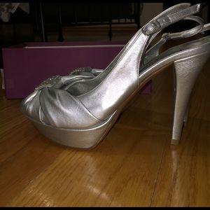 quality design 1fc12 a3911 Silver Cinderella shoe NWT