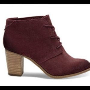 98c8c73ae5d TOMS Shoes - Oxblood Burnished Suede Lunata Lace-Up Boots - 7