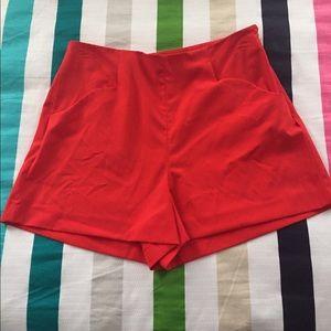 Gianni Bini Pants - Gianni Bini red shorts