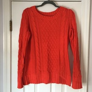 Old Navy Sweaters - Cable knit sweater
