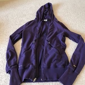 Women's Nike dry fit zip up hooded jacket small