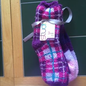 Studio Accessories - 3 pack cozy socks