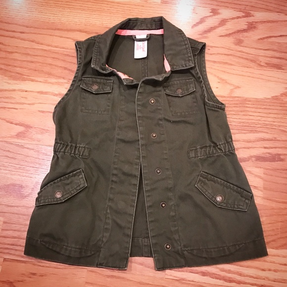 d6e97aa69 Cat & Jack Other - GIRLS Cat & Jack Green Army Military Utility Vest