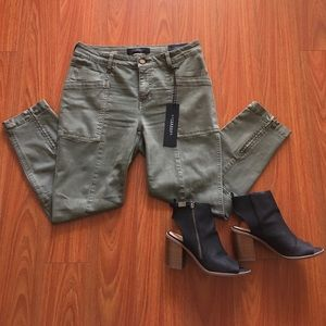 Liverpool Jeans Company Pants - Liverpool petite utility pants