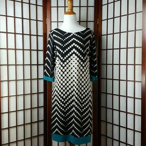 Sandra Darren Dresses & Skirts - SANDRA DARREN Polkadot 3/4 Sleeve Shift Dress