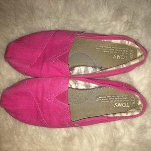 Pink TOMS 💖