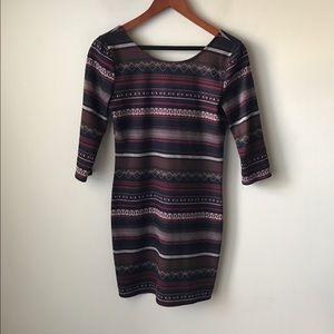 Ya Los Angeles Dresses & Skirts - Ya Los Angeles printed bodycon dress