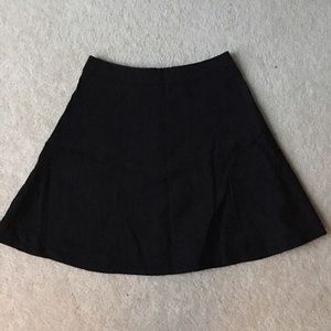 H&M black midi skirt - Above Knee