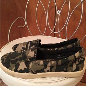Dollhouse Shoes - Dollhouse camo sneakers cute😄❤