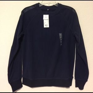 Uniqlo Tops - NWT [Uniqlo] Navy Long Sleeve Pullover - S