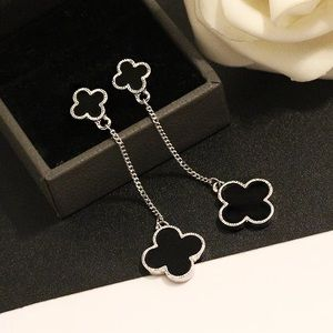 Jewelry - New four-leaf clover dangle earrings