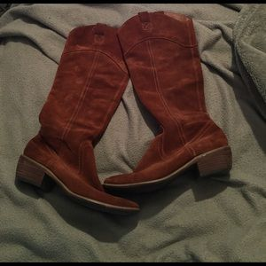 Restricted Shoes - Brown suede cowgirl boots