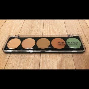 Makeup Forever Other - MAKE UP FOR EVER • Color Correct Palette