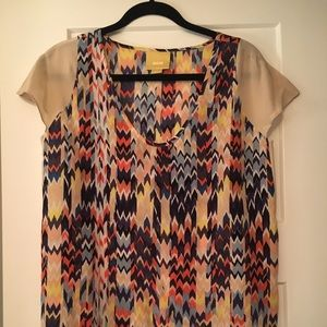 NWOT Anthropologie Chevron print top, sz S
