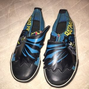 Batman Other - Batman slip on shoes Velcro closure Toddler sz 10