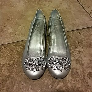 Bioworld Shoes - Womens size 8.5 Bijou by AJ Valenci silver flats!