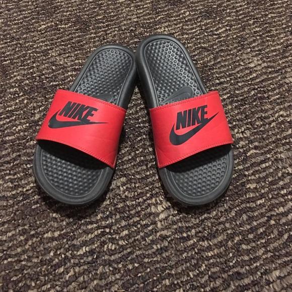 Nike Shoes   Nike Slides Boys 5 Youth