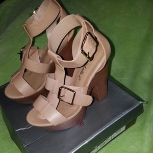Breckelles Shoes - Breckelle's High Heels