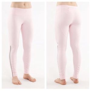 Lululemon 4 rare stay on course pink FOR SALE