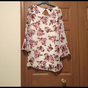 Forever 21 Dresses & Skirts - NWT Forever 21 Bell Sleeve Floral Mini Dress