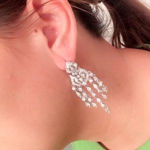 Stunning 925 stamped chandelier earrings