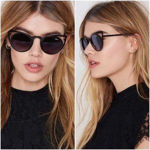Quay Australia Accessories - Black Invader Metal Rim Round Lens Sunglasses