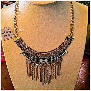 InEveryCorner Jewelry - 30% OFF BUNDLES🌻Chic Crystal & Tassel Necklace🌻