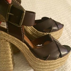 """THESE ARE SUCH A GREAT PRICE! WOVEN 5"""" MIA HEELS"""