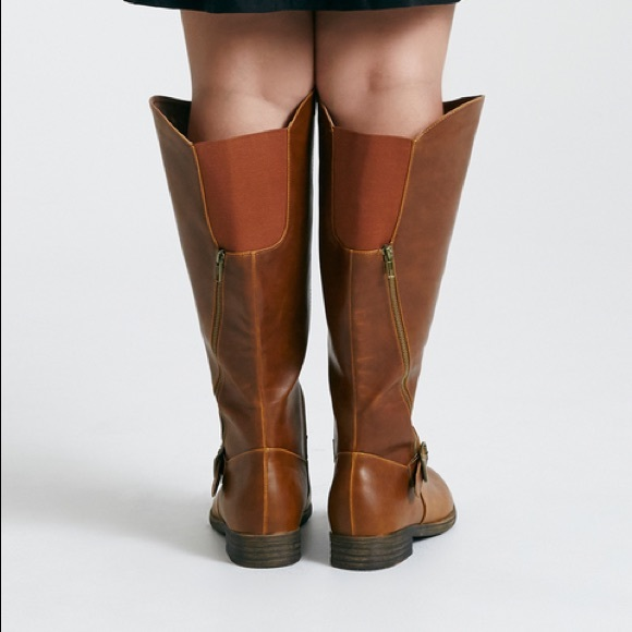 726a3586e43 Nwt 8 Wide Calf boots plus size brown