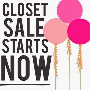 Huge closet! 400+ listings - all sizes 👗👡
