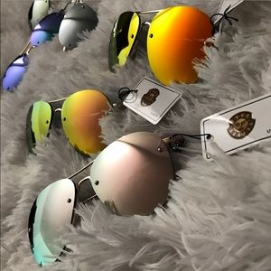 Ray-Ban Accessories - NEW | WOMENS REFLECTIVE AVIATORS GOLD FRAME
