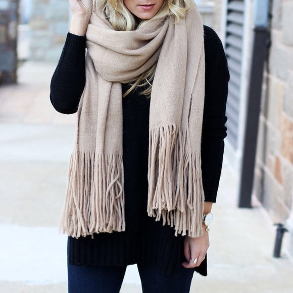 fe4ec043 Free People Accessories - Free people Kolby scarf