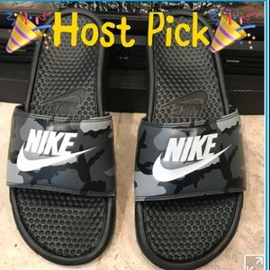 Nike Other - HP 3/18 Nike Slides Men's Camo