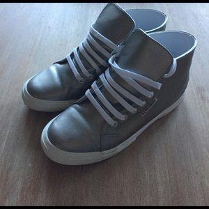 Superga Shoes - SUPERGA size 7.5