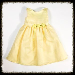 Youngland Other - Yellow Flower Girl Dress 24 Month