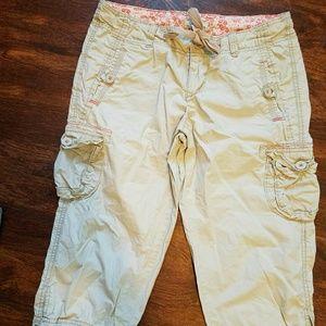 SO Pants - S.O. lightweight  khaki capris women's 9 summer?