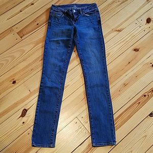 Aeropostale Junior Straight Legged Jeans 0