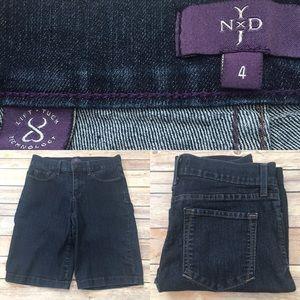 NYDJ Pants - 🍂Size 4 NYDJ Stretch Dark Wash Bermuda Shorts