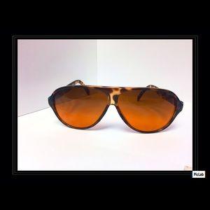4639a9cbc7b Accessories - Authentic vintage BluBlocker sunglasses (tortoise)