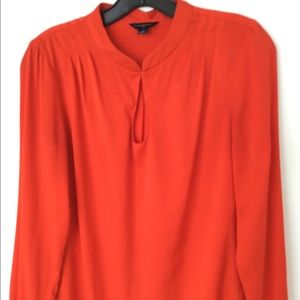 Banana Republic red top size size S